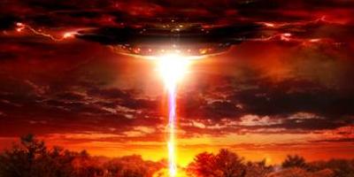 Инопланетное вторжение коллаж